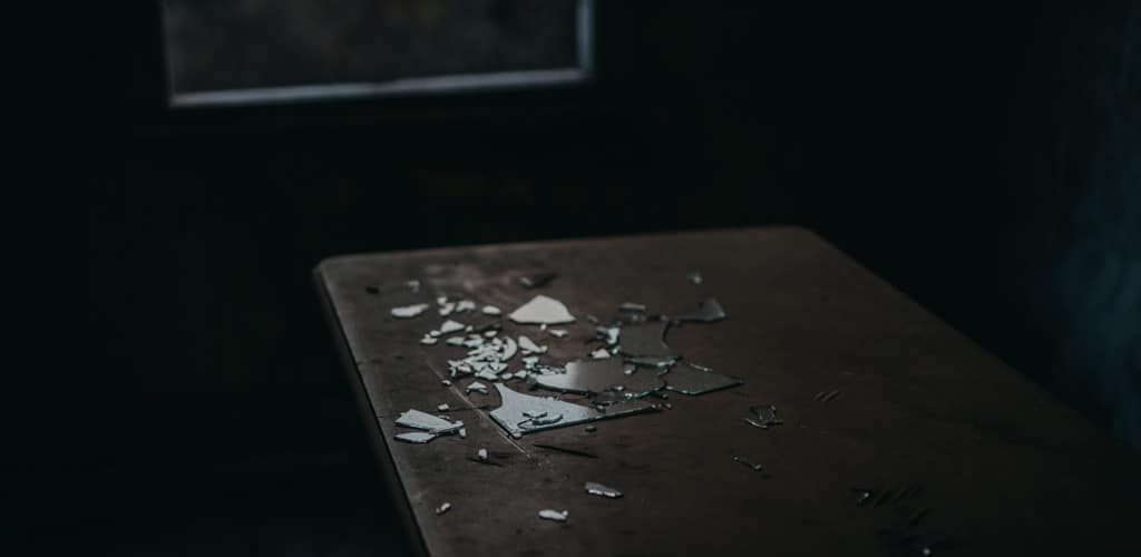 How to dispose of a broken table