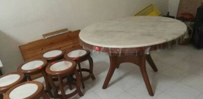 Is marble dining table good